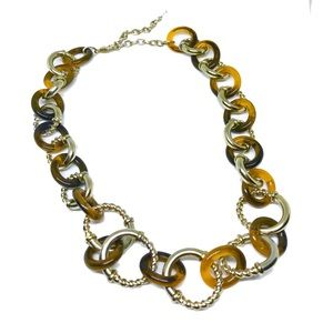 2/$20🎁 1990s Gold Tortoise Resin Chunky Necklace